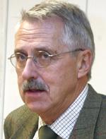 Fylkeslege Petter Schou kritiserer Rikshospitalet. (Arkivfoto: Scanpix)