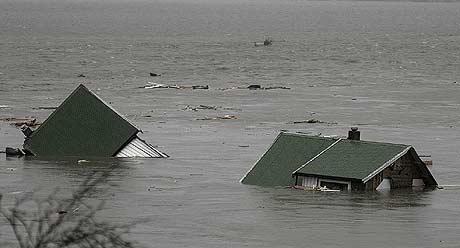 Flommen rammet Flatanger hardt. Foto: Ole Martin Dahle.