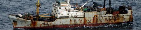 Det russiske overfisket i Barentshavet var på over 137.000 tonn i fjor. (Foto: Kystvakta/Scanpix)