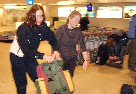 Silje Folkvord en av de fem sykepleierstudentene som ankom Tromsø Lufthavn i går kveld etter å ha blitt evakuert fra Beirut.