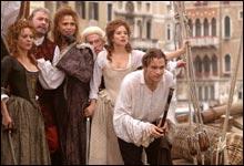 Omgitt av tre damer, speider Casanova (Heath Ledger) likevel etter enda flere å forføre. (Foto: Buena Vista International)