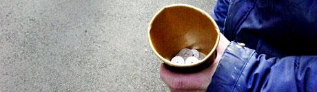 Regjeringen vil straffer bakmennene som organiserer tigging. Ill.foto: Scanpix