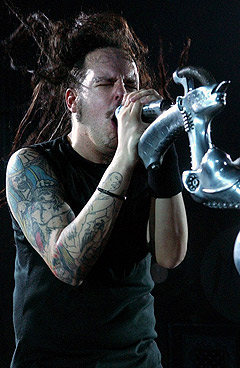 Jonathan Davis og nu-metal-gudene i Korn er klare for Norwegian Wood. Foto: Laurent Gillieron, AP Photo / Scanpix.
