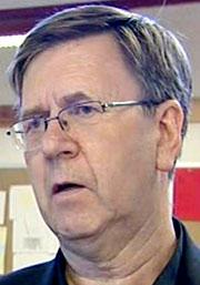 - Vi kan ikkje drive tilpassa opplæring i den grad vi er pålagt, sier rektor Ingve Torgersen ved Ravnanger Ungdomsskole på Askøy utanfor Bergen.