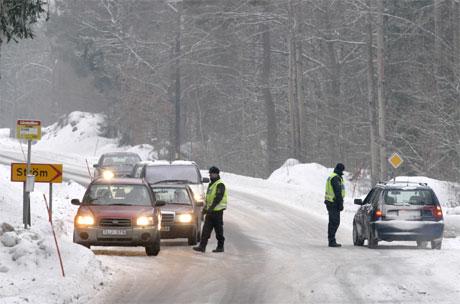 Det er mange politisperringer i Oscarshamn-området i Sverige. (Foto: AFP/Scanpix)