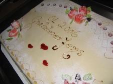 OL-helten ble gratulert med kake.
