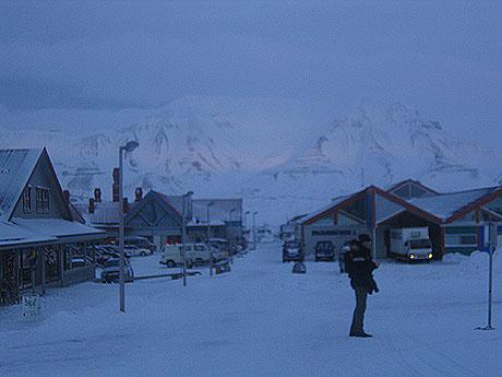 Longyearbyen - utgangspunkt og sluttpunkt for turen. Foto Andreas Toft.