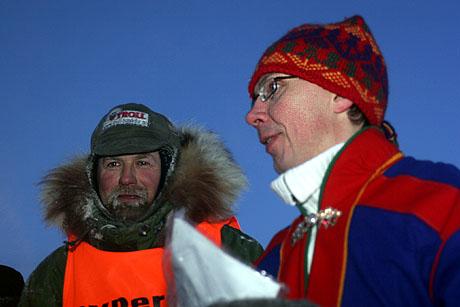 TROSTEN-POSTEN: Postmann Pat, alias Harald Tunheim, bragte samepolitiker Janos Trostens brev trygt fram.