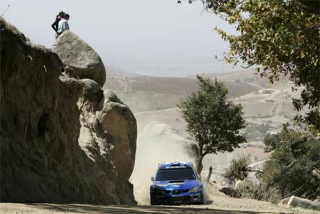 Petter Solberg tok en flott 2. plass i Rally Mexico, bak suverene Sebastien Loeb.(www.swrt.com)