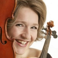 Elisabeth Lindland er programleder. (Alle fotos: Ole Kaland)