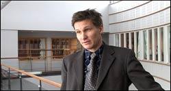 P24 kan ikke bare ta seg til rette, sier Bjørn Erik Thon. Foto: NRK/FBI