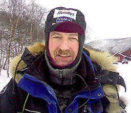 En småironisk Roger Dahl om egen innsats ved ankomst Levajok. Foto: Jenny Duesund