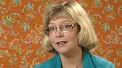 Agnes Bergo er ekspert på skilsmisseøkonomi. Foto: NRK/FBI