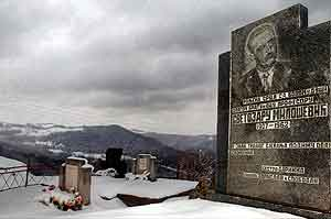 Familiegraven i Lijeva Rijeka i Montenegro. Foto: Savo Prelevic, AFP