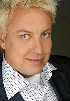 Lars-Åge Wilhelmsson, også kjent som dragartisten Babsan, oppfordrer alle homofile til å boikotte Carola under årets svenske Melodi Grand Prix-finale. Foto: Peter Knutson.