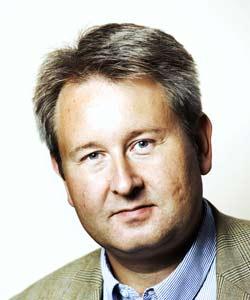 Informasjonssjef Arild S. Johannessen er ikke fornøyd med Telenors dårlige rykte, og lover å rette opp statusen. Foto: Telenor