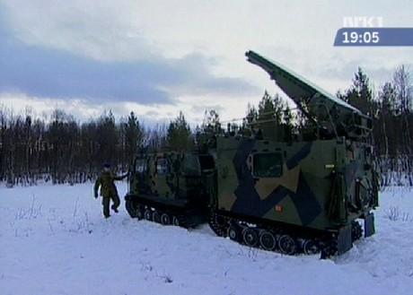 """Radarene som ble lånt ut, er av typen Arthur (""""Artillery Hunting Radar""""), som vist på bildet. (Foto: NRK)"""