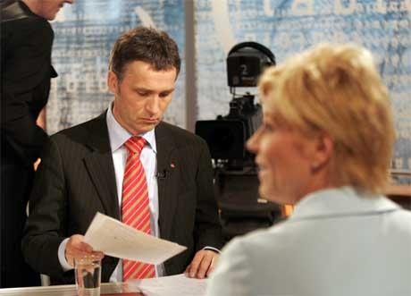 Jens Stoltenberg og Siv Jensen leder Norges to suverent største partier. (Scanpix-arkivfoto)
