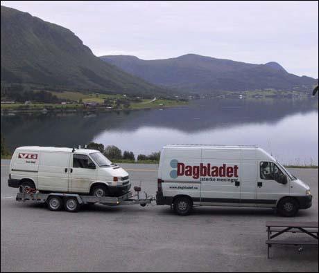 (Foto: Fredrik Kvalsnes. Bildet er tatt ved Malmfjorden, i Fræna kommune. Tidligere publisert på humor911.com, gjengitt med tillatelse.)