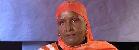 Safia Y. Abdi jobber med ulike prosjekter for somaliere både i Norge og i Somalia. Foto: NRK/Brennpunkt