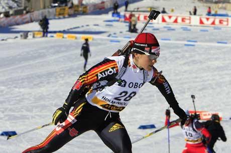Uschi Disl under sprinten i Holmenkollen torsdag. (Foto: AFP/Scanpix)
