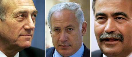 Folk er fortsatt usikre på hvem de skal stemme på. Regjeringspartiet Kadima ledes av Ehud Olmert (t.v), Likud ledes av tidligere statsminister Benjamin Netanyahu og Arbeiderpartiet er under ledelse av fagforeningslederen Amir Peretz (t.h.). (Foto AFP)