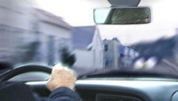 En verftsarbeider ved Kværner Egersund doblet fartsgrensen og vel så det på vei til jobb i går. Arkivfoto: Scanpix