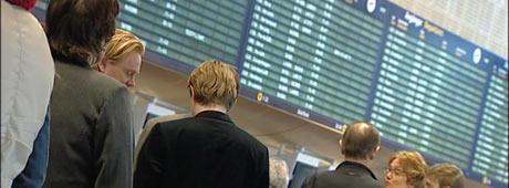 Hvilket selskap flyr man egentlig med? Foto: NRK