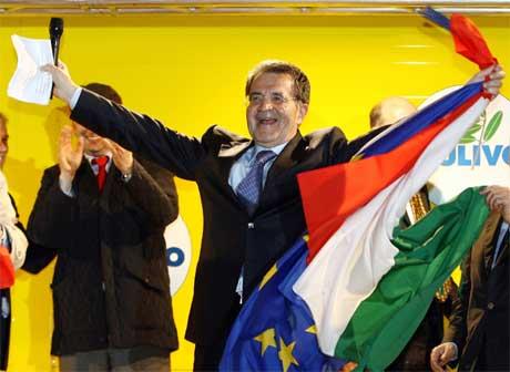 Romano Prodi utropte seg selv til seierherre i natt. (Foto: Reuters/Scanpix)
