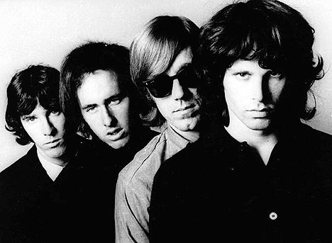The Doors feirer 40 år som band i 2006. Dette bildet ble tatt i 1971. Foto: AP Photo / Scanpix.