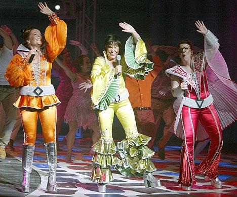 Her er «Mamma Mia!» i Las Vegas versjon av ABBA-musikalen, som nå skal filmatiseres. Foto: AP / Scanpix.