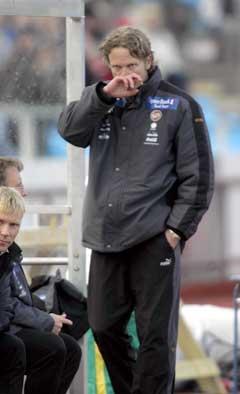 Ivar Morten Normark fortvilte ettter 1-0 borte mot Sandefjord søndag. (Foto: Terje Bendiksby / SCANPIX)