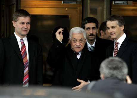 President Mahmoud Abbas var ordknapp etter møtet med Erik Solheim og Jonas Gahr Støre. Foto: Cornelius Poppe, Scanpix.