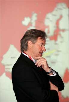 Norwegian-sjef Bjørn Kjos er skuffet over SAS Braathens. (Arkivfoto)