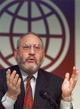 Bush-administrasjonen har lukket øynene for utgiftsgapet, sier den anerkjente professoren Joseph Stiglitz. (Arkivfoto: Dennis Cook/AP/Scanpix)