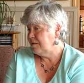 Elsa Øvermos sønn tok sitt eget liv. Hun er svært kritisk til psykiatritilbudet