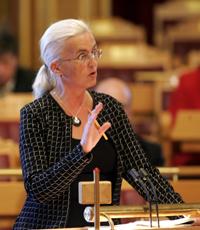 Helen Bjørnøy i Stortingets spørretime onsdag. Foto: Sara Johannessen/SCANPIX