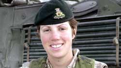 Kaptein Nichola Kathleen Sarah Goddard som ble drept i går. Foto: Reuters