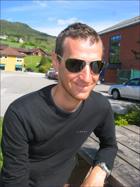 Kurt Asle Arvesen hjemme i Nesset. Foto: Gunnar Sandvik
