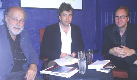 Ibsen-Grieg-dialog i Logen 27.mai. Fra venstre: Torkil Baden, Erling Sandmo og Terje Holtet Larsen. Foto: NRK
