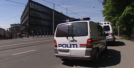 Det viste seg å være falsk alarm da USAs ambassade ble evakuert i formiddag. Foto: Anne Storaunet, NRK