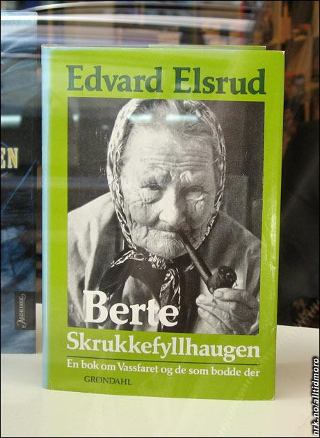 Biografien om Berte Skrukkefyllhaugen er nå til salgs i en bruktbokhandel i Lillestrøm. (Foto: Alltid Moro)
