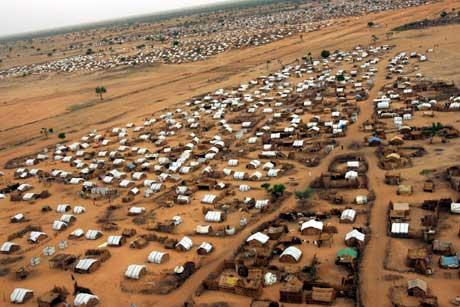 Mellom 200.000 og 300.000 mennesker er drept i Darfur. Minst 2 millioner har flyktet. Foto: Scanpix/Reuters.
