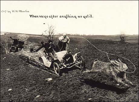 """Hjemmesnekret foto-surrealisme: """"When We Go After Anything We Get It"""" av William H. Martin, 1909. Bildet er altså nesten ett hundre år gammelt..."""