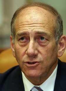 Israels statsminister Ehud Olmert beskriver det palestinske rakettangrepet mot en israelsk militærpost som «et svært alvorlig terrorangrep fra Hamas.» (Foto: Scanpix/Reuters)