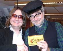 Redaktør Finn Tokvam og Halvor Folgerø som Vetle-Ivar er på plass i bladstova.