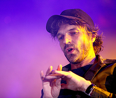 Thåström leverte en gnistrende go konsert på Roskilde lørdag kveld. Foto: Arne Kristian Gansmo, NRK.
