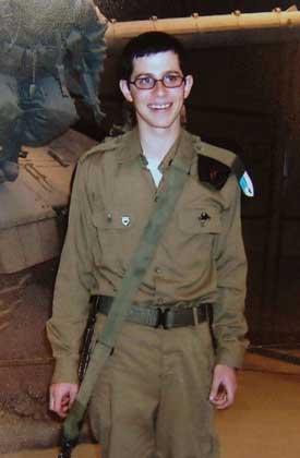 De som bortførte Gilad Shalit gir israelerne frist. Foto: Sanpix/Reuters.