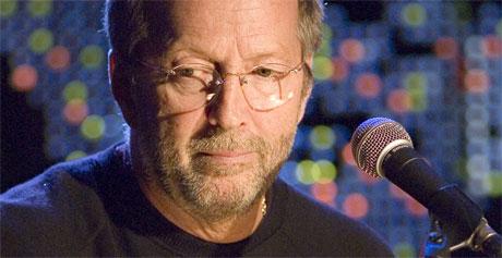 Eric Clapton fikk sitt livs sjokk bare dager etter begravelsen til sin fire år gamle sønn, et brev fra lille Conor. Foto: AP