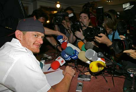 Floyd Landis under pressekonferansen i Madrid. (Foto: Reuters/Scanpix)